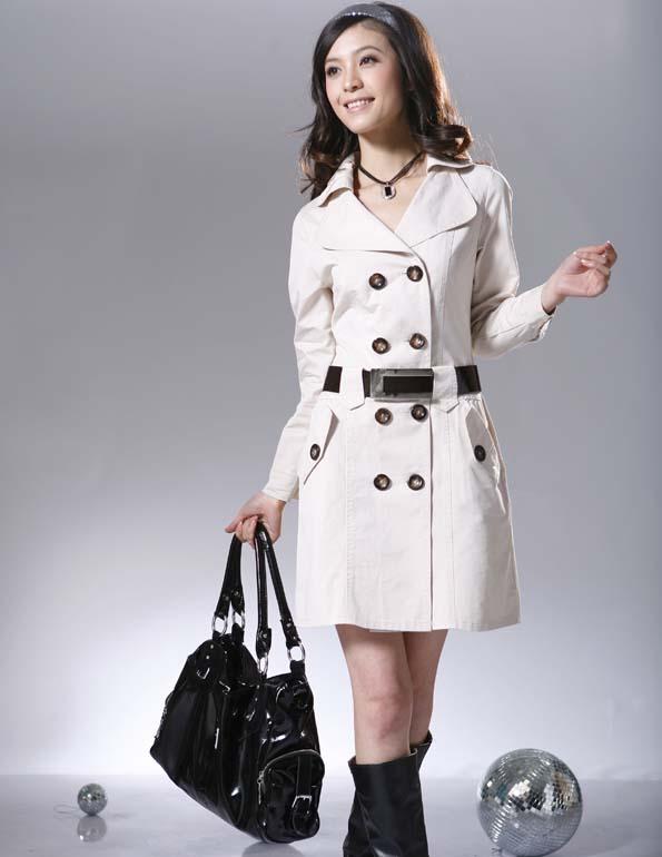 时尚女性职业装