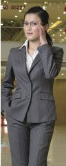 女性时尚职业装
