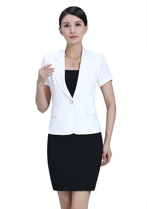 北京定制职业装冬天搭配新时尚