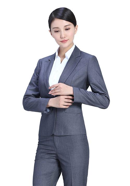 关于西服穿着规范,北京定做男装职业装西服告诉您想知道