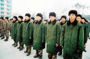 防寒服 新兵在高原防寒服首发式上