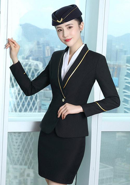 女士职业装和男士职业装的不同点有哪些呢?
